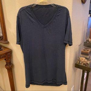 LULULEMON Men Blue V-Neck T-Shirt-L/XL